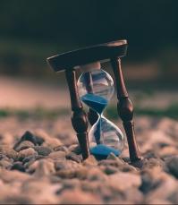 timp-spiritualitate-parapsiholog-lauradinu